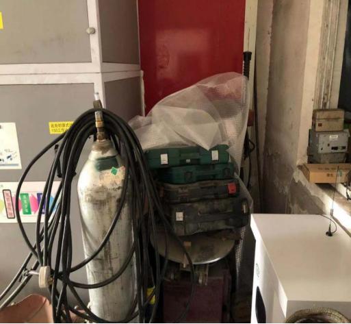 某汽修店废气处理设备边VOC在线监测系统
