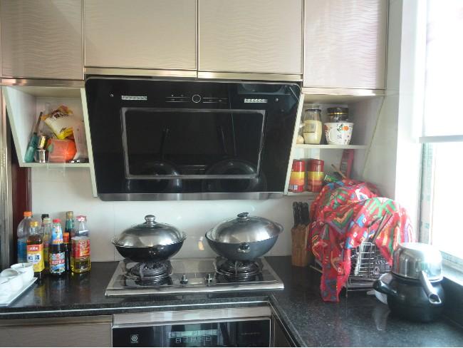 如何解决厨房油烟问题?厨房油烟用什么方法解决?