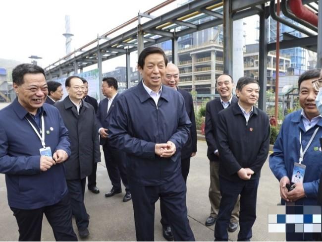 全国人大常委会执法检查组在陕西检查固体废物污染环境防治法实施情况